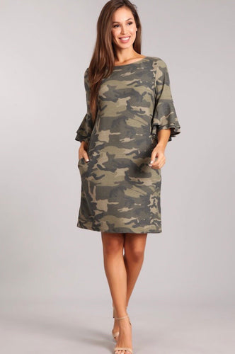 CAMO PRINT SHORT DRESS IN A RELAX FIT WITH SIDE POCKETS