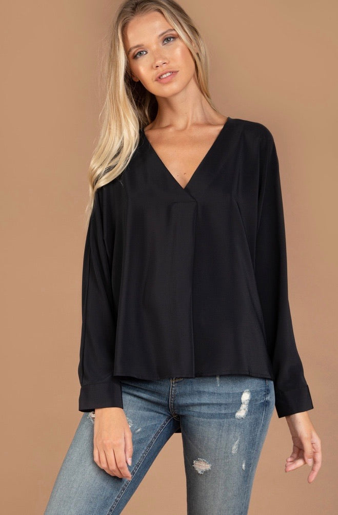 OVERSIZED V NECK BLOUSES