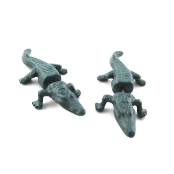 3D Alligator Crocodile Shaped Front and Back Stud Earrings in Green