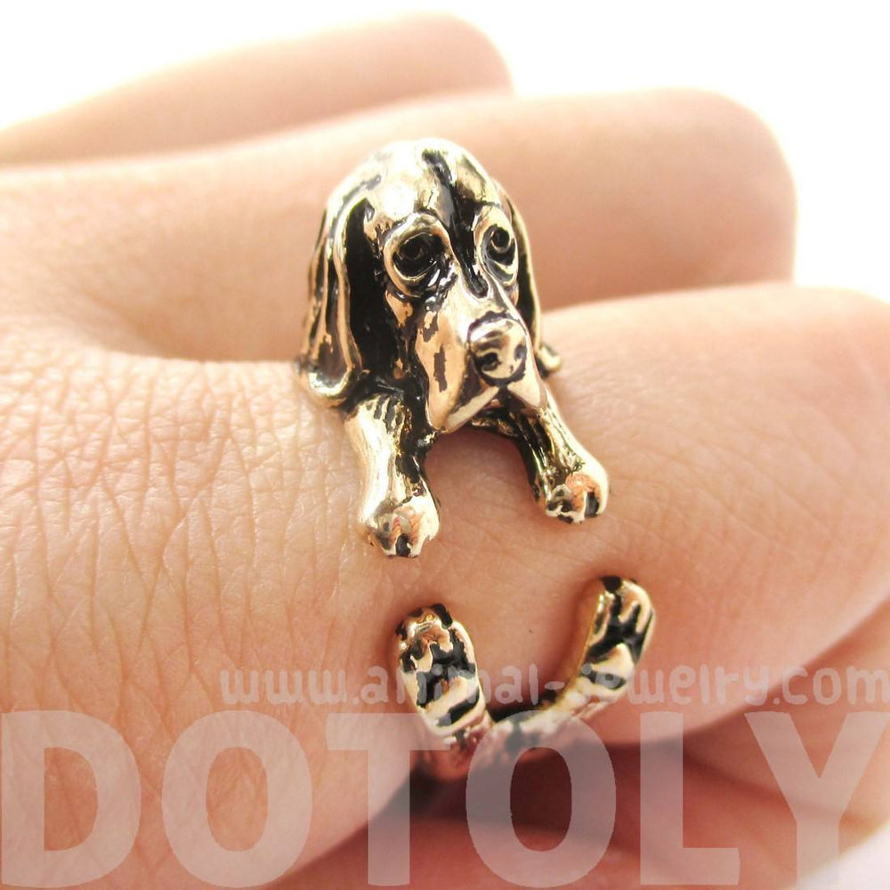 3D Basset Hound Dog Shaped Animal Wrap Ring in Shiny Gold | Sizes 4 to 8.5 | DOTOLY