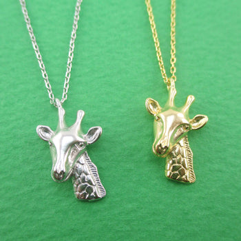 3D Detailed Miniature Giraffe Shaped Animal Jewelry Pendant Necklace
