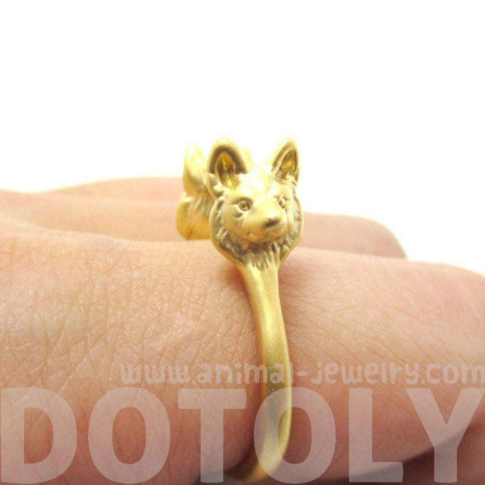 3D Double Wolf Face Shaped Ring in Gold | Animal Jewelry | DOTOLY