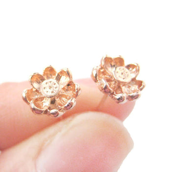 3D Floral Flower Shaped Stud Earrings in Rose Gold with Textured Detail | DOTOLY | DOTOLY