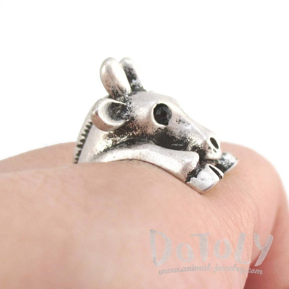 3D Giraffe Wrapped Around Your Finger Animal Ring in Silver | DOTOLY
