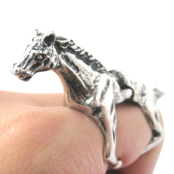 3D Horse Pony Shaped Animal Wrap Armor Knuckle Joint Ring in Silver | Size 5 to 9 | DOTOLY