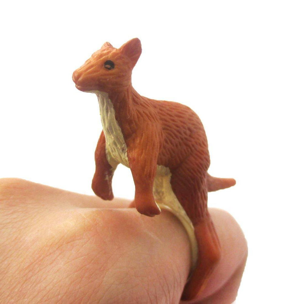 3D Kangaroo Figurine Shaped Animal Wrap Ring for Kids | US Size 4 to 6 | DOTOLY