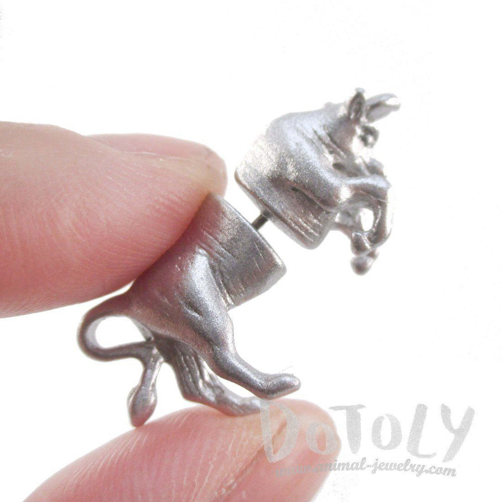 3d-miniature-taurus-bull-shaped-front-and-back-stud-earrings-in-glittery-silver