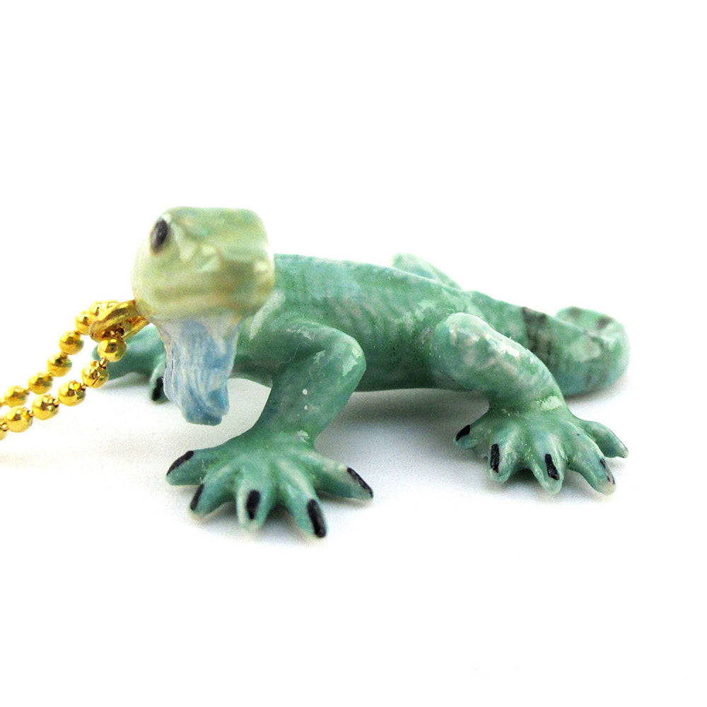 3D Porcelain Green Iguana Lizard Shaped Ceramic Pendant Necklace