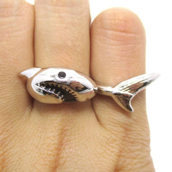 3D Shark Shaped Sea Animal Wrap Around Ring in Silver | DOTOLY | DOTOLY