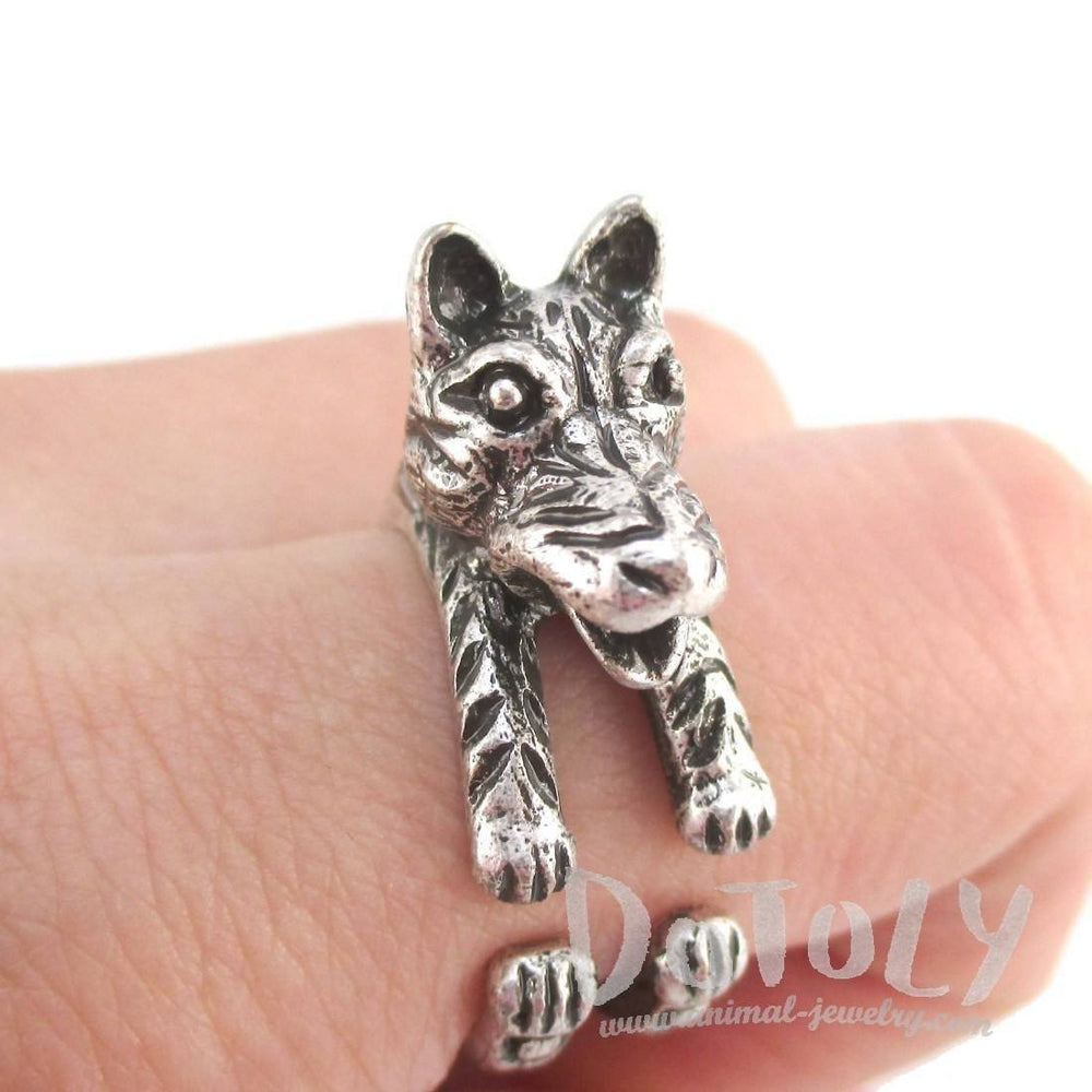 3D Timber Wolf Shaped Animal Spirit Ring in Silver | Animal Rings