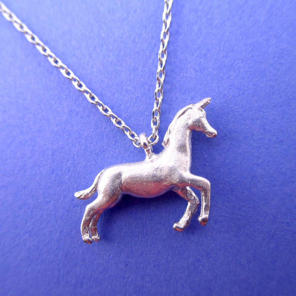 3D Unicorn Horse Shaped Pendant Necklace in Silver | Animal Jewellery