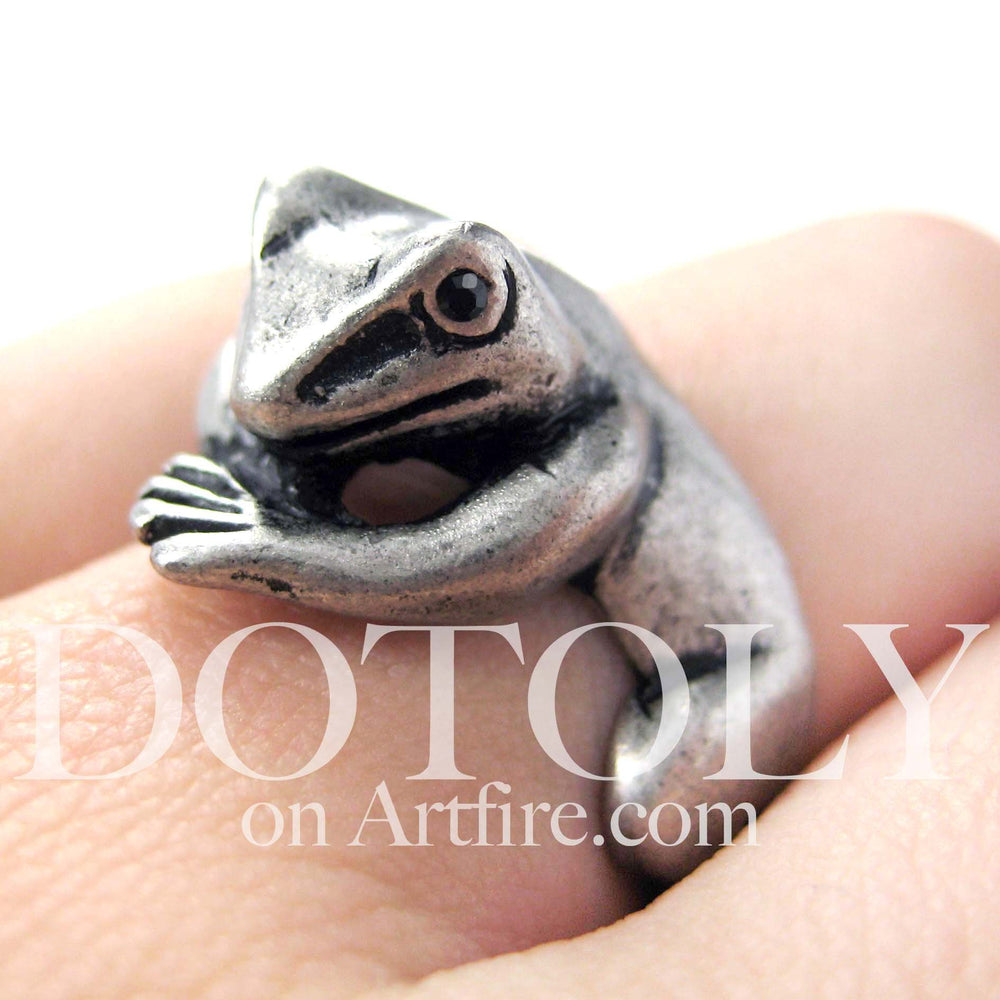 Frog Toad Animal Wrap Around Hug Ring in Silver - Size 4 to 9 Available | DOTOLY