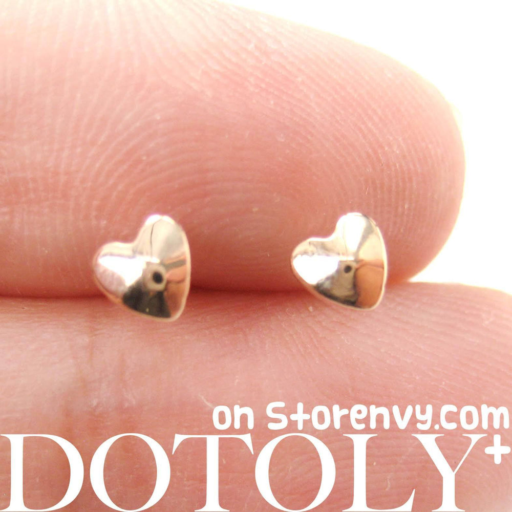 Tiny Classic Heart Shaped Stud Earrings in Rose Gold | DOTOLY | DOTOLY
