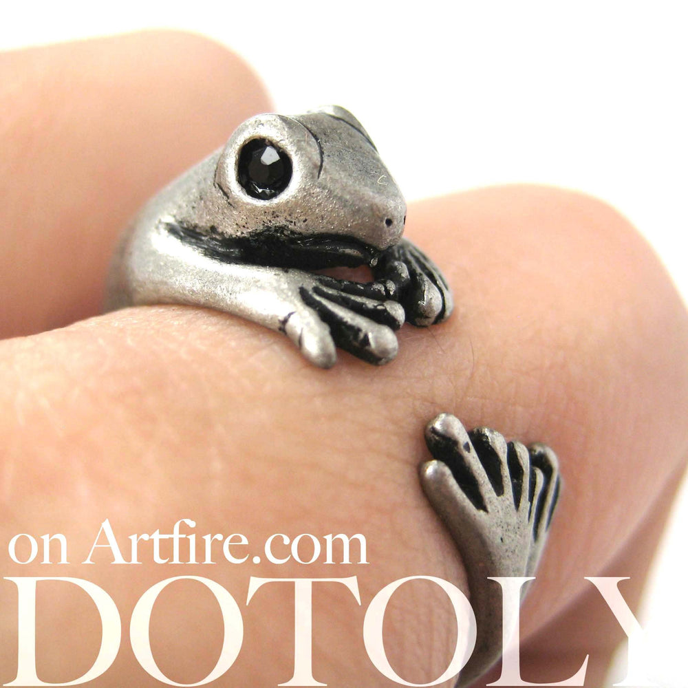 Lizard Gecko Animal Wrap Around Ring in Silver - Size 4 to 9 Available | DOTOLY