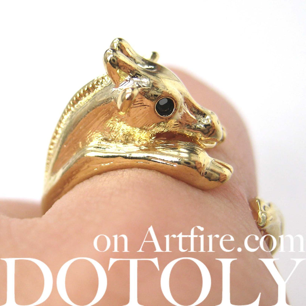 Baby Giraffe Animal Wrap Around Ring in Shiny Gold - Sizes 4 to 9 | DOTOLY