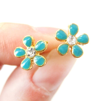 Small Daisy Floral Flower Shaped Stud Earrings in Blue on Gold with Rhinestones | DOTOLY