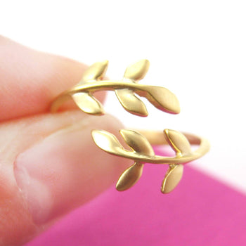 Beautiful Floral Leaves Wrap Around Adjustable Ring in Gold | DOTOLY | DOTOLY