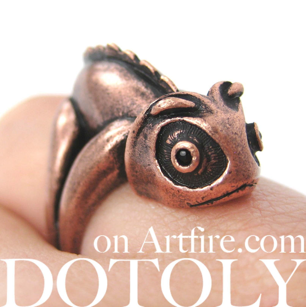 3D Adjustable Iguana Chameleon Animal Wrap Around Hug Ring in Copper | DOTOLY