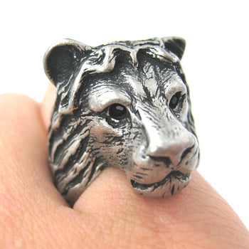 Large Lion Detailed Adjustable Animal Ring in Silver | Animal Jewelry | DOTOLY