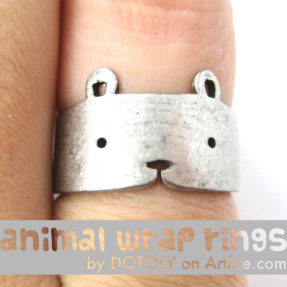 Teddy Bear Simple Animal Ring in Silver - Sizes 5 to 9 Available | DOTOLY