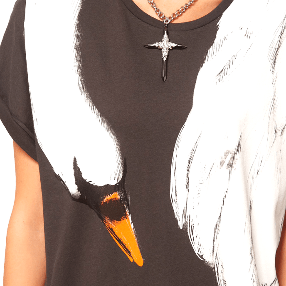 Adorable Animal Inspired Swan Bird Scarf Print Graphic Tee T-Shirt for Women | DOTOLY