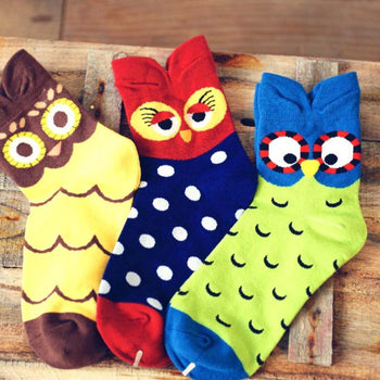 Adorable Owl Bird Print Animal Themed Cotton Socks in Red or Green for Women | DOTOLY