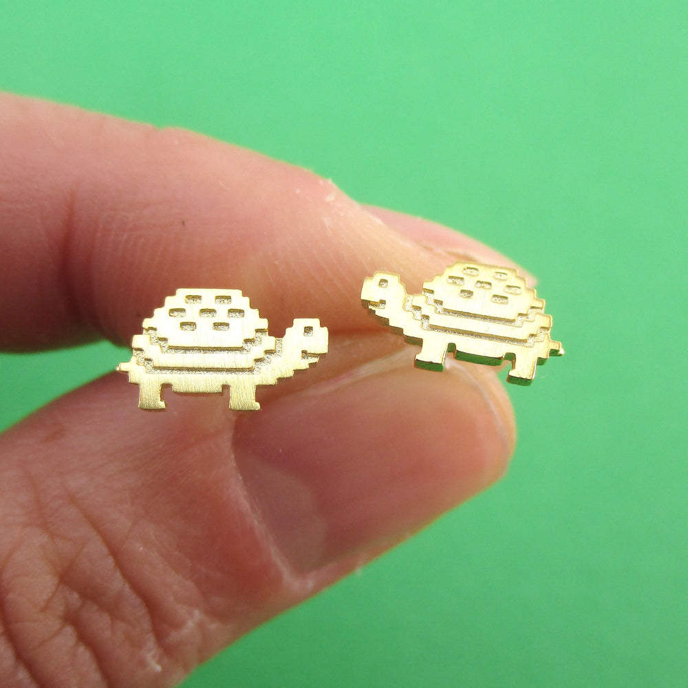 Adorable Pixel Turtle Tortoise Shaped Stud Earrings in Gold | DOTOLY