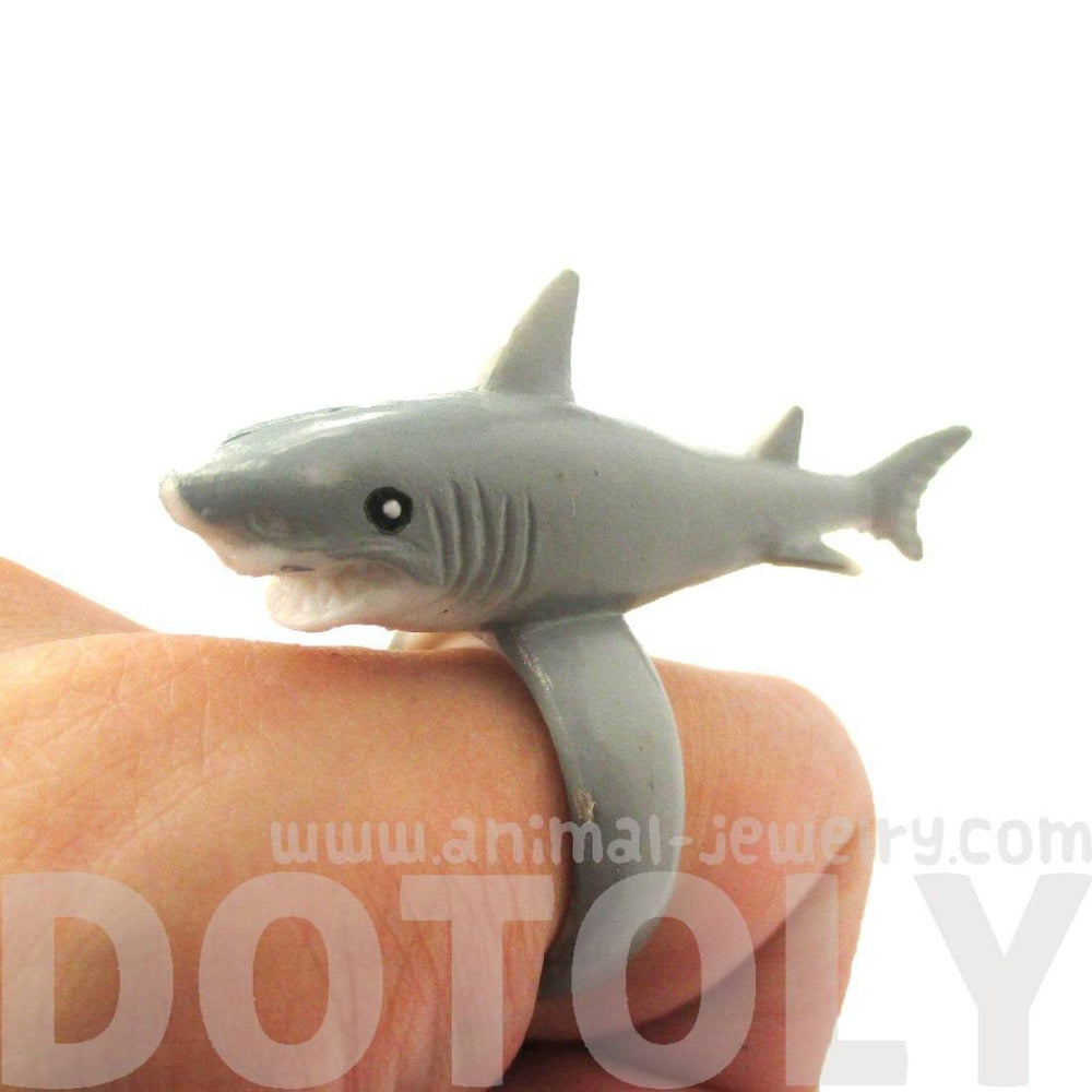 3d shark figurine shaped animal wrap ring for kids size 4 to