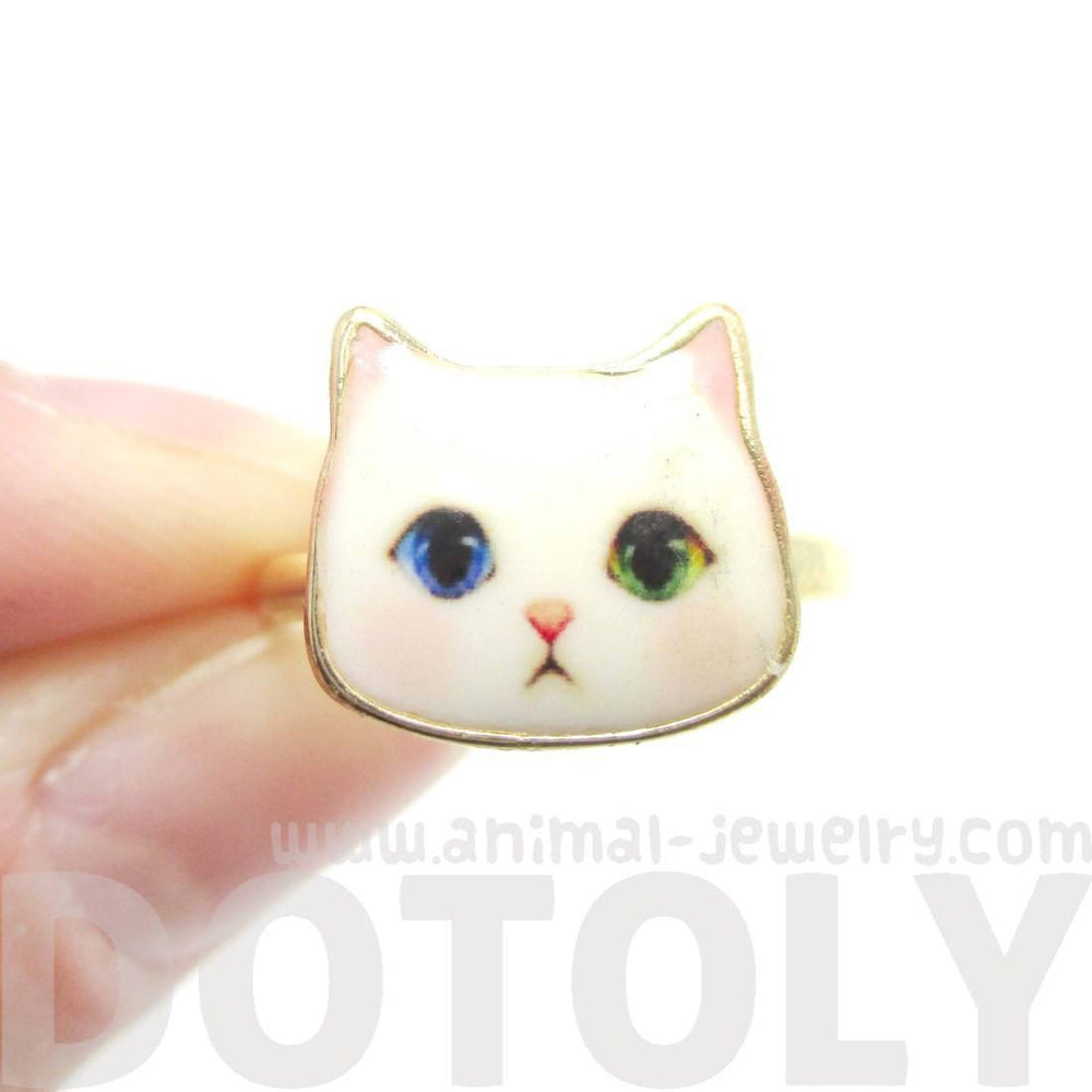 Adorable White Odd-eyed Kitty Cat Face Shaped Adjustable Ring | Animal Jewelry | DOTOLY