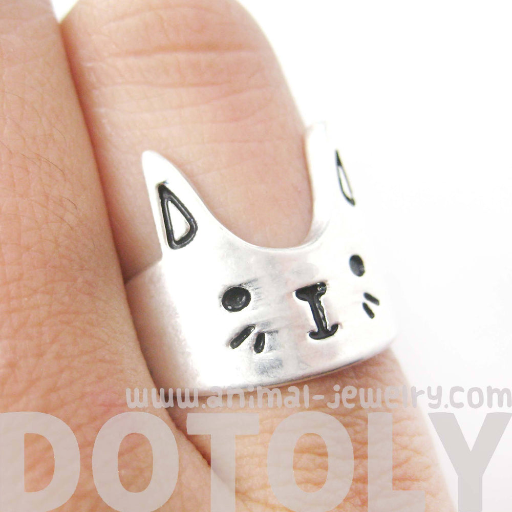 Bunny Rabbit Shaped Cartoon Animal Ring in Silver | Animal Jewelry | DOTOLY