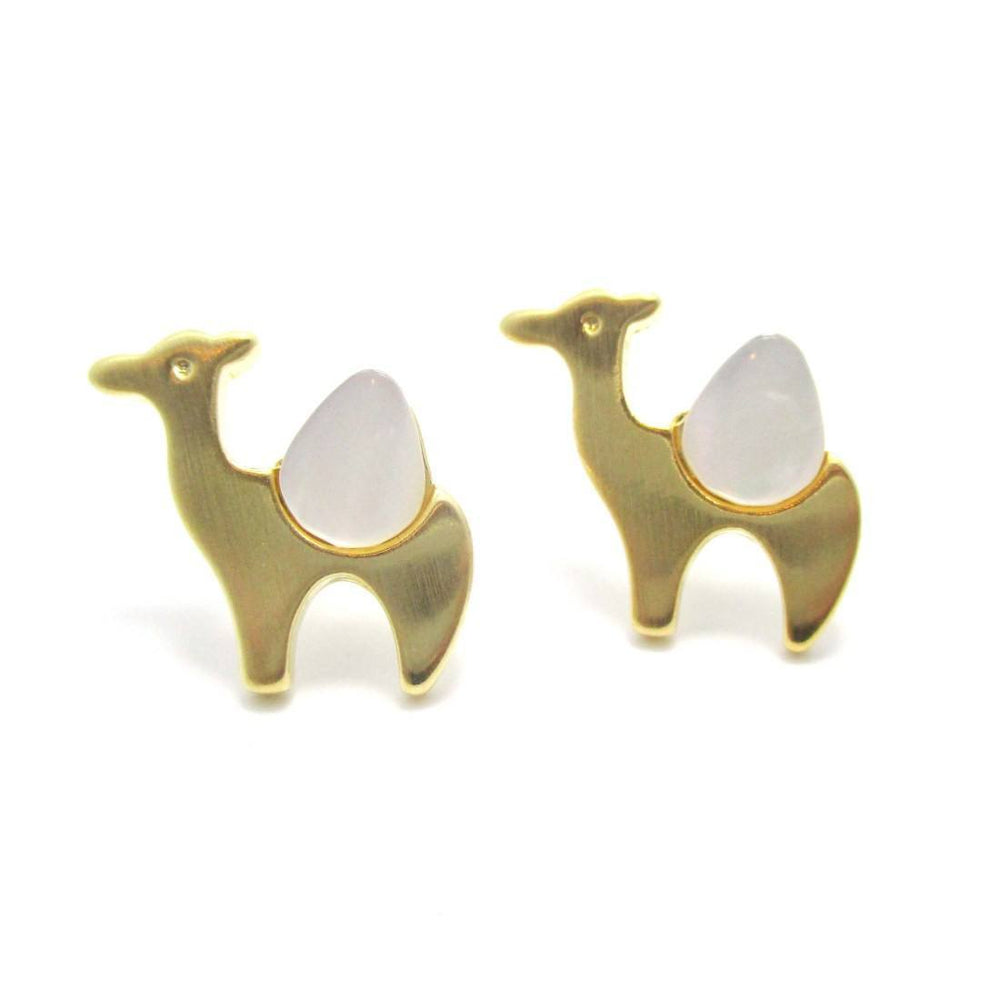 Camel Animal Themed Stud Earrings in Gold with Pearl Detail | DOTOLY | DOTOLY