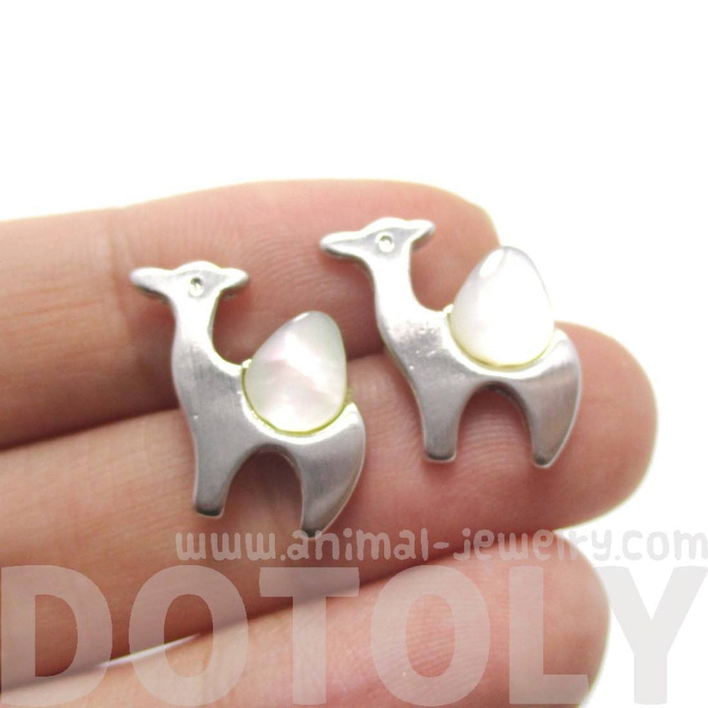 Camel Animal Themed Stud Earrings in Silver with Pearl Detail | DOTOLY | DOTOLY
