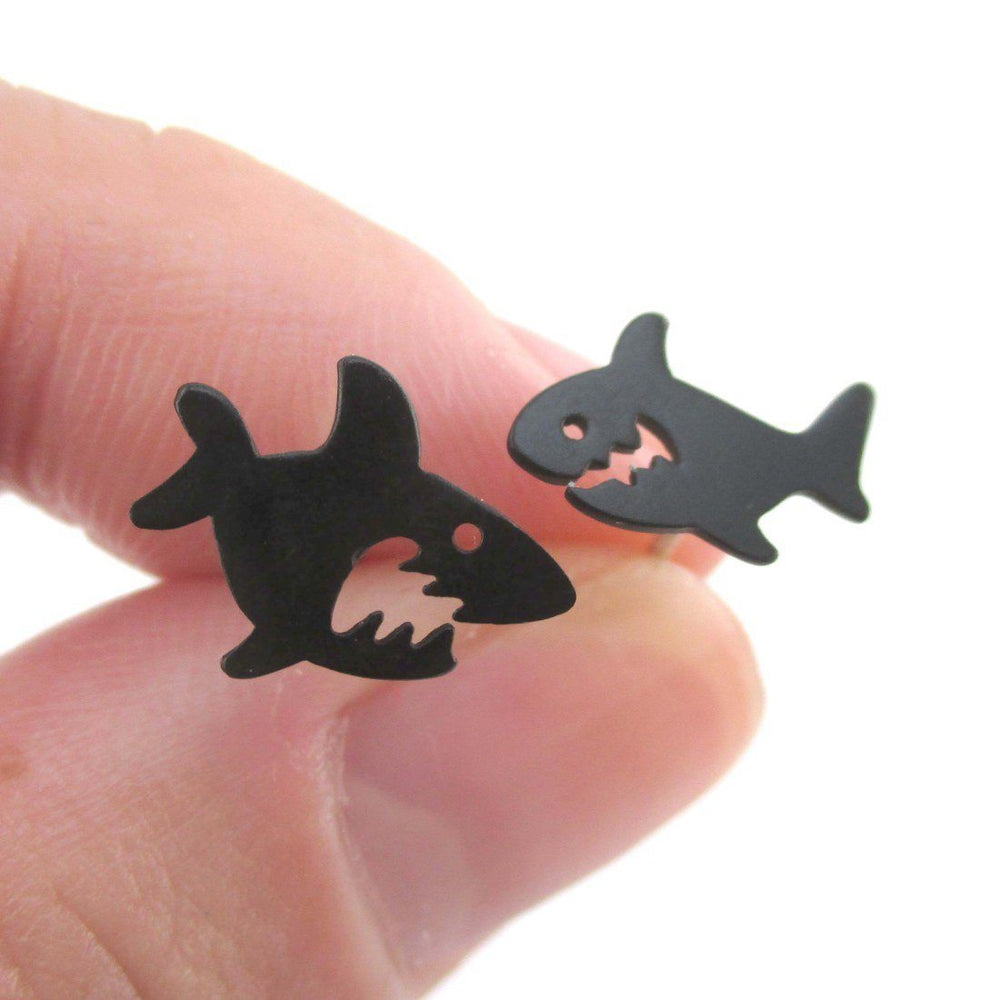 shark silhouette shaped sea creatures stud earrings in black