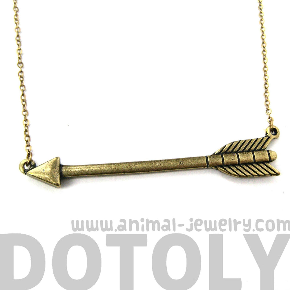 classic-arrowhead-arrow-feather-pendant-necklace-in-brass-dotoly