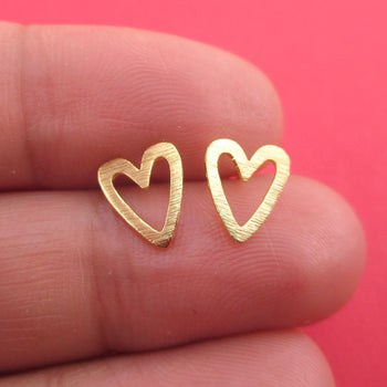 Classic Heart Outline Shaped 925 Sterling Silver Stud Earrings in Gold