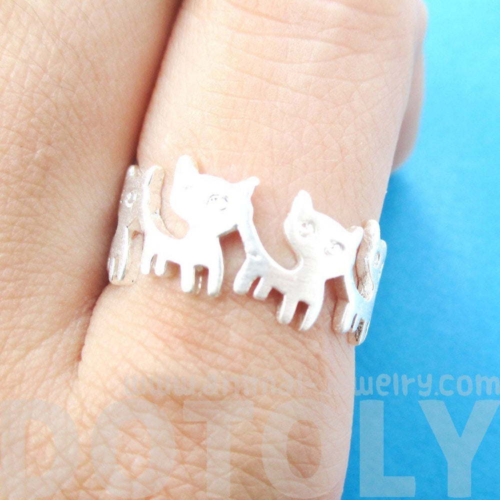 Connected Kitty Cat Parade Animal Ring in Silver | US Size 7 and 8