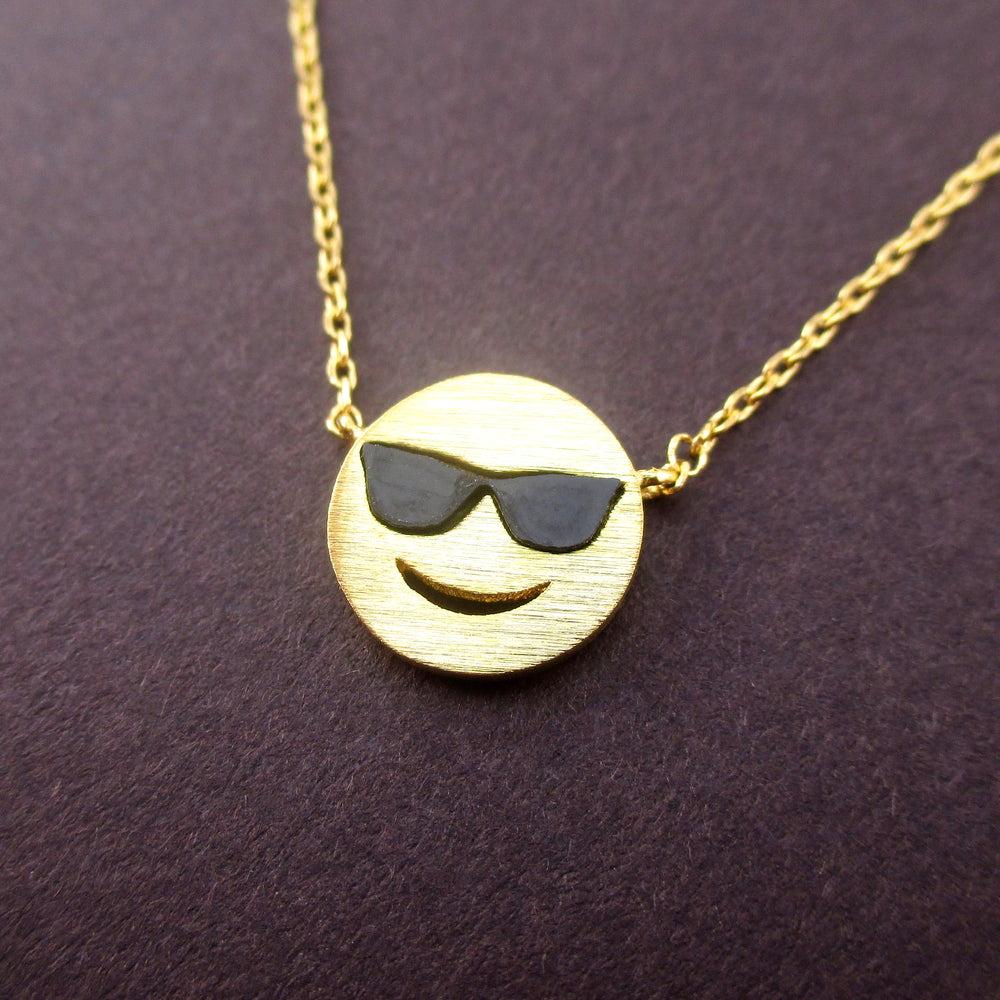 Cool Smiley Face With Sunglasses Face Mutual Best Friends Pendant Necklace