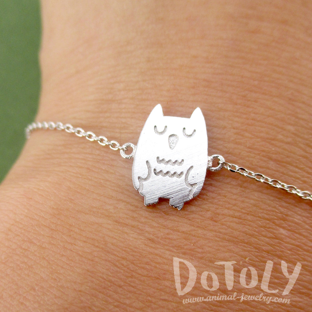Cute Sleepy Owl Bird Shaped Charm Bracelet for Animal Lovers in Silver | DOTOLY