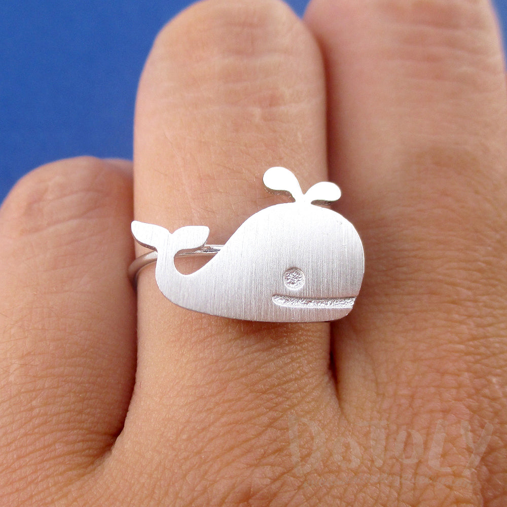 Cute Whale Silhouette Shaped Adjustable Animal Ring in Silver or GoldCute Whale Silhouette Shaped Adjustable Animal Ring in Silver