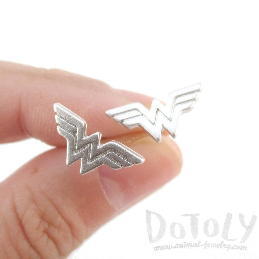 ea1a82079 DC Wonder Woman Logo Shaped Stud Earrings in Silver – DOTOLY