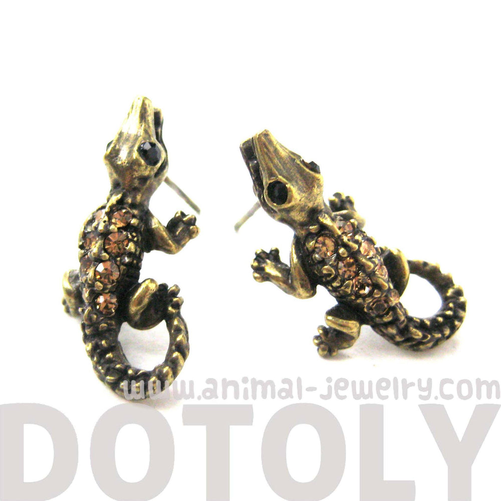 detailed-crocodile-alligator-lizard-shaped-stud-earrings-in-brass-with-rhinestones