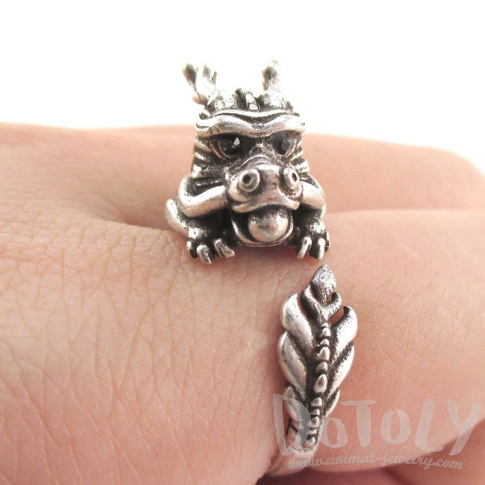 Detailed Dragon Shaped Animal Hugging Your Finger Ring in Silver