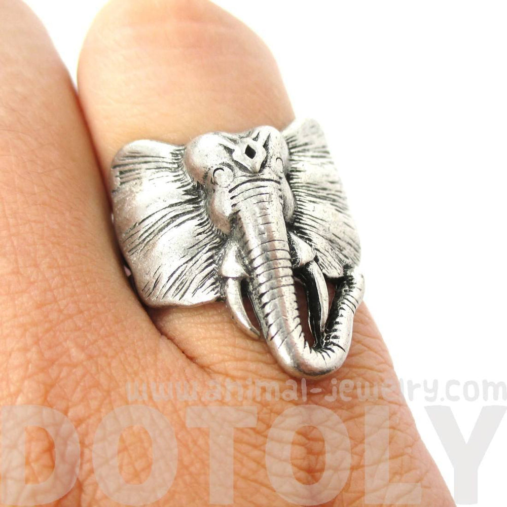 Detailed Elephant Head Shaped Animal Ring in Silver