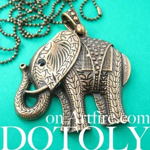 large-detailed-elephant-animal-charm-necklace-in-bronze