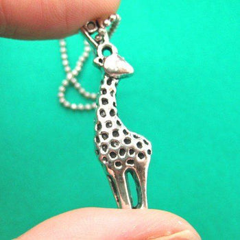 Simple Giraffe Animal Pendant Necklace in Silver | Animal Jewelry | DOTOLY