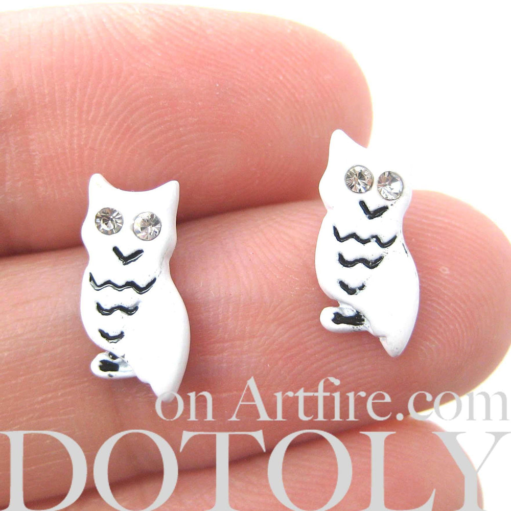 Arctic Snowy Owl Stud Earrings in White | Animal Jewelry | DOTOLY