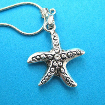 Starfish Sea Animal Star Shaped Pendant Necklace in Silver | DOTOLY