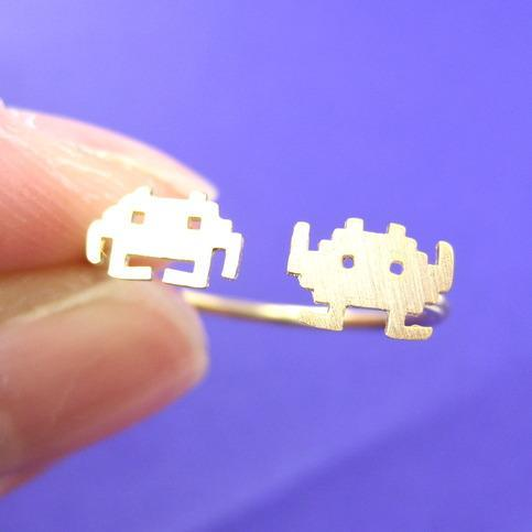 Atari Space Invaders Arcade Alien Pixel Adjustable Ring in Gold | DOTOLY