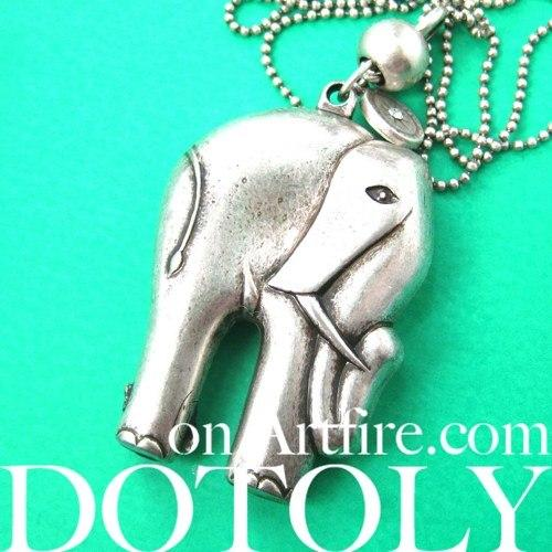 3D Elephant Pendant Necklace in Silver | Animal Jewelry | DOTOLY