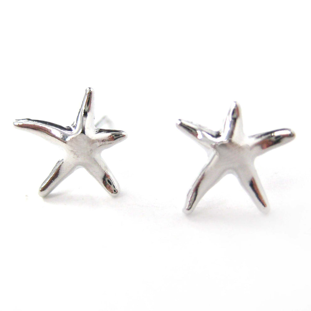 small-simple-starfish-star-shaped-stud-earrings-in-silver